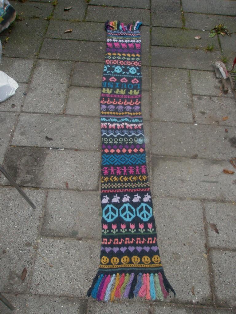 Louises hønsestriktørklæde